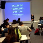 Inici del taller de t�cniques d'estudi per a alumnes d'ESO